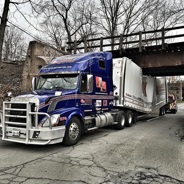 free photo accident truck bridge vehicle free image. Black Bedroom Furniture Sets. Home Design Ideas