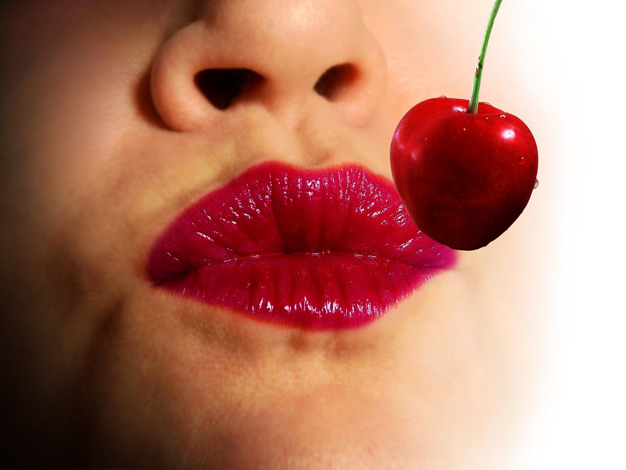 Саша открытки, открытки женских губ