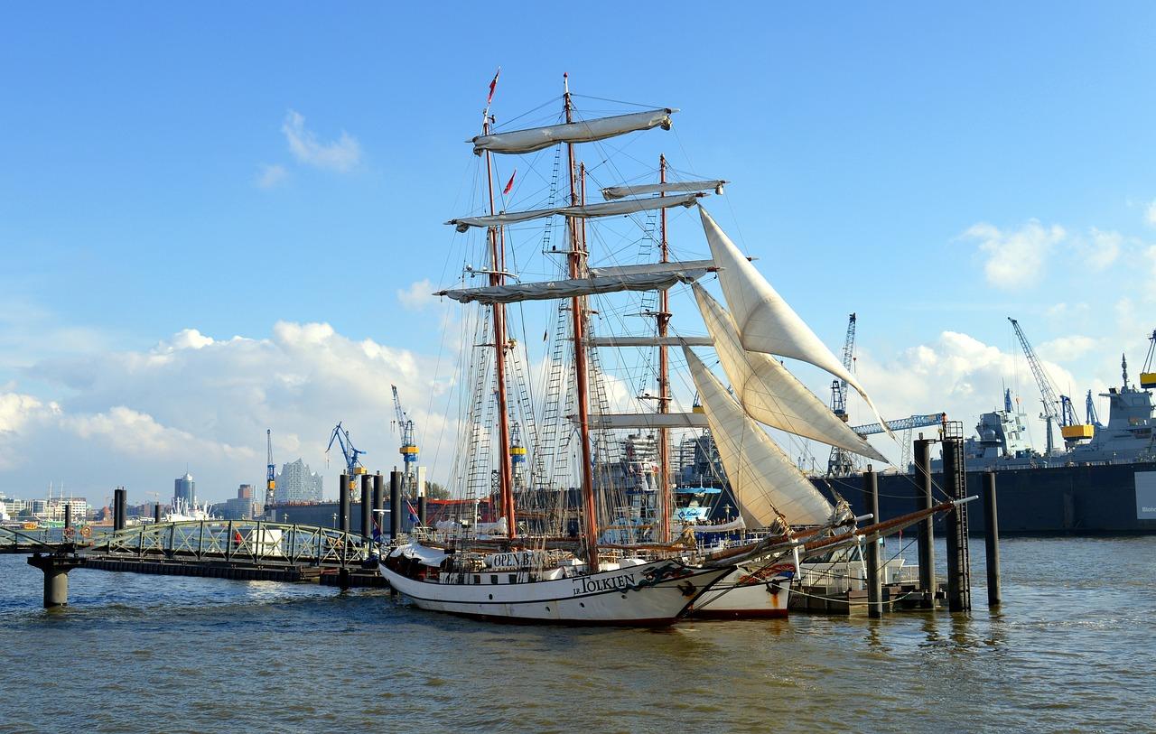 фото морской порт парусники остаться