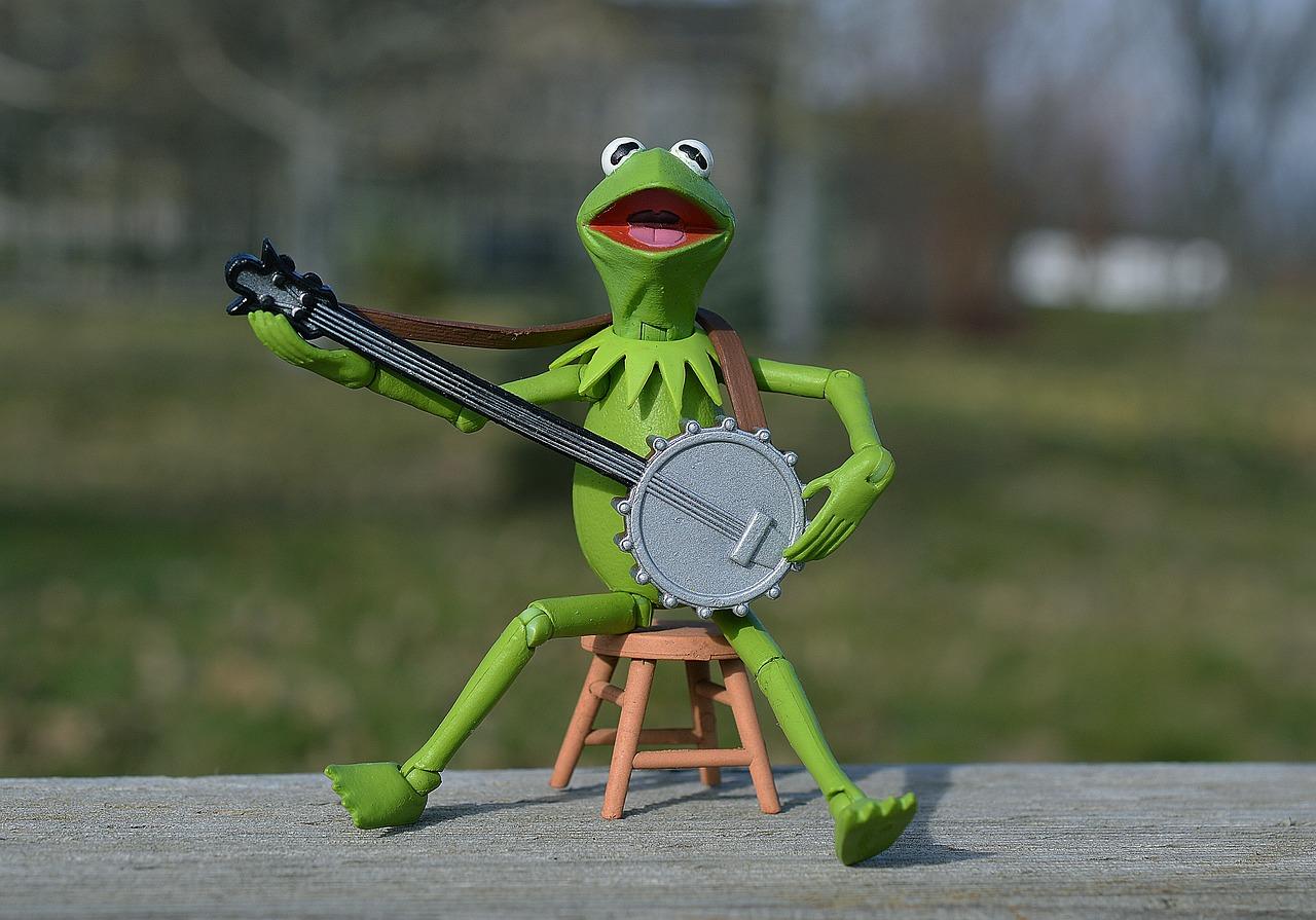 Картинки лягушонок кермит играет на банджо