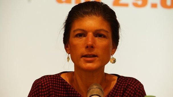 Sahra Wagenknecht, Politiker