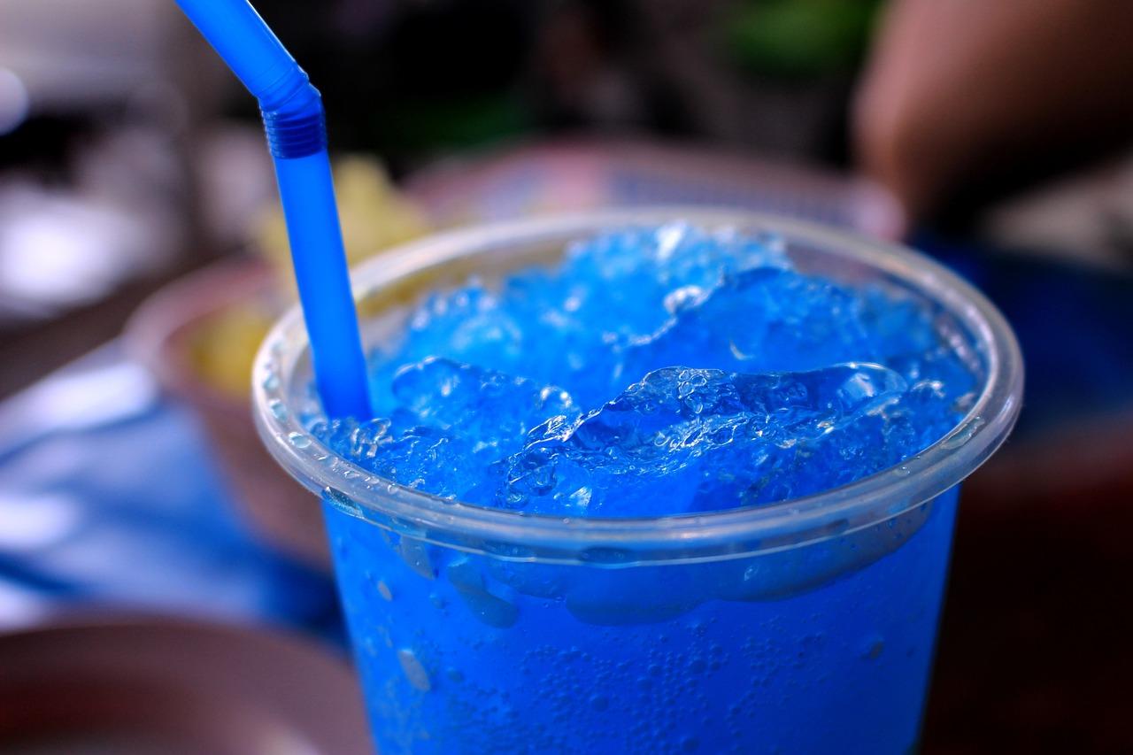 Как сделать коктейль голубая лагуна, рецепт - Рецепты - Wday 40