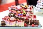 różnorodne ciasta, wiśniowe, deser