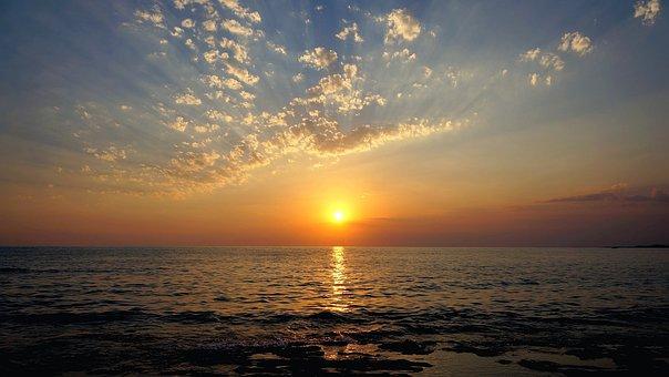 Resultado de imagen de fotos de puestas de sol en el mar