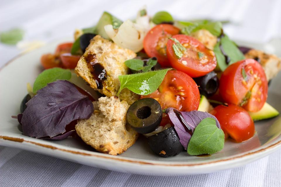 Pomodori, Pane, Insalata, Olive, Basilico, Le Erbe