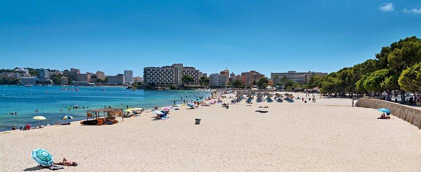 panorámica de playa de Palma de Mallorca