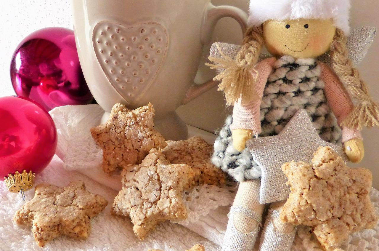 holiday doll baking