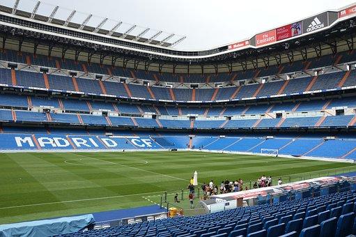 Stadium, Prato, Green Meadow, Turf, Fans