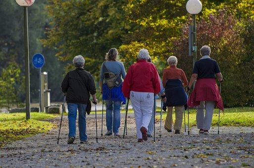 Nordic Walking, Spaziergänger, Gehen