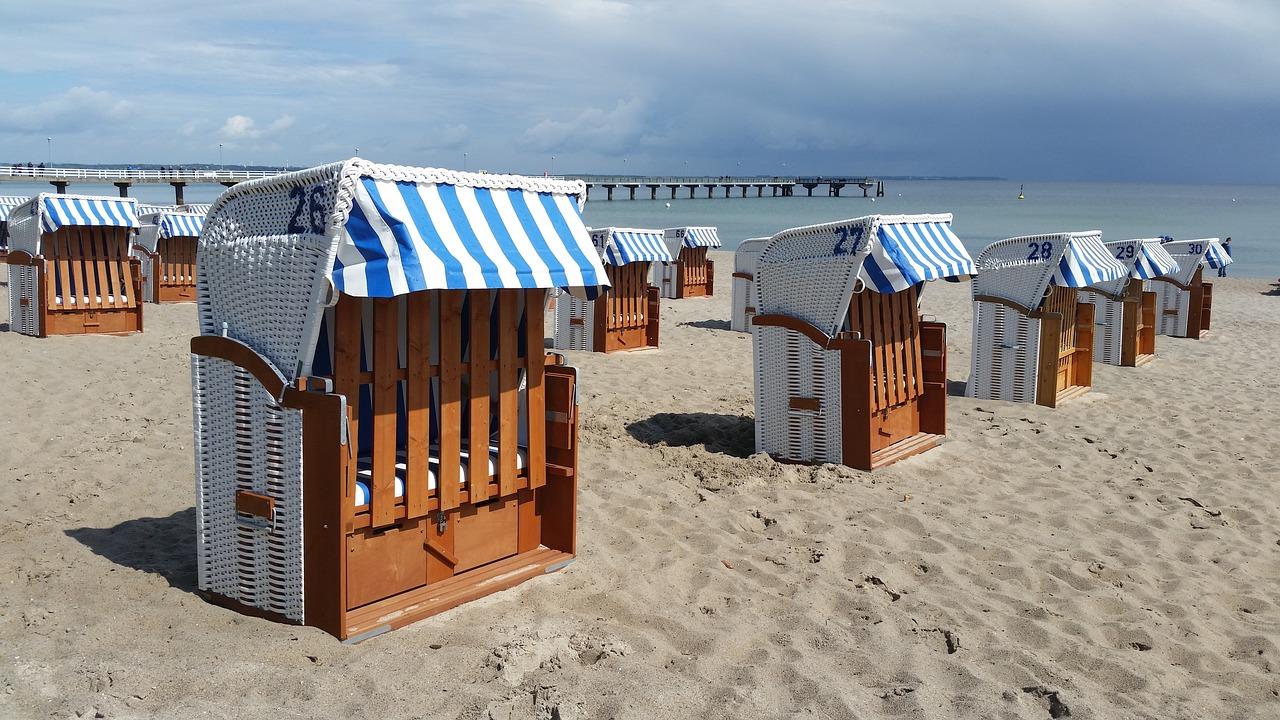 пляжные кабины на море - 2