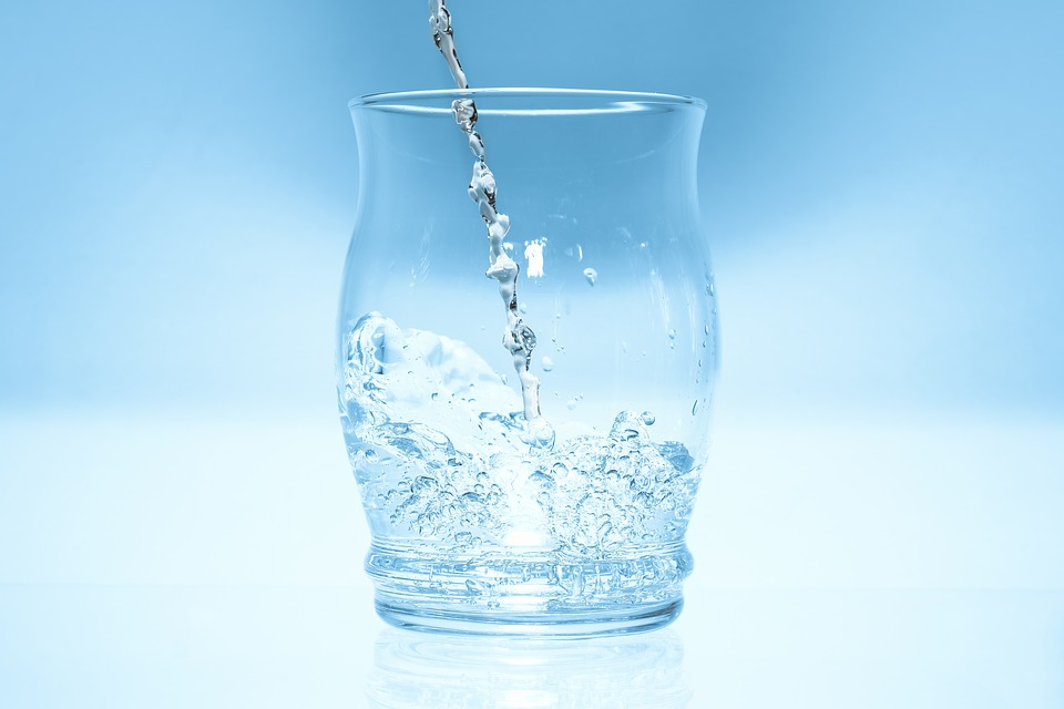 Glass, Water, Jumping Up Drops, Blue, Reflection, Drink
