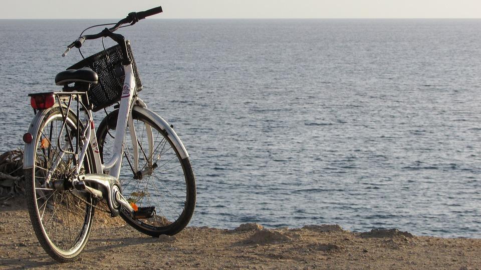 自転車のライトの明るさと法律義務|点滅/カンデラ/ルーメン