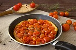 tomatoes, puff pastry