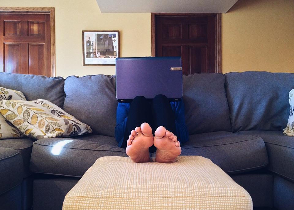 "Adiós al ""sofá, mantita y peli"" - Blog Current News"