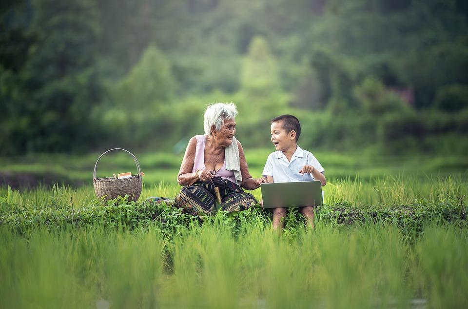 Nenek, Anak Anak, Laptop, Myanmar, Burma, Asia