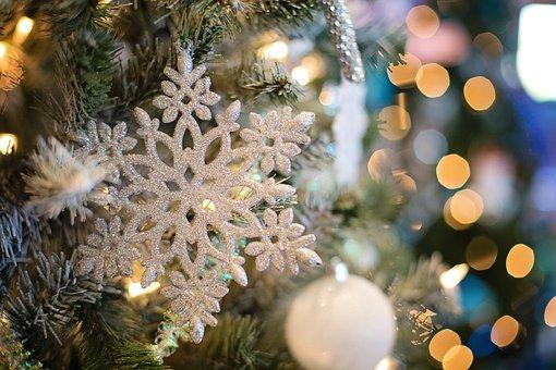 Fiocco Di Neve, Ornamento