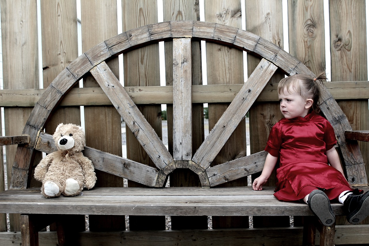 Girl, Bear, Teddy, Teddybear, Young, Sad, Kid Outside