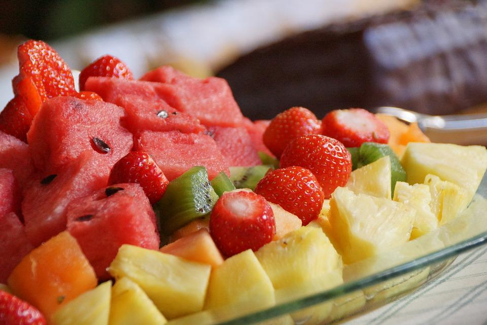 Frutta, Anguria, Kiwi, Fragole, Ananas, Vegano, Piatto
