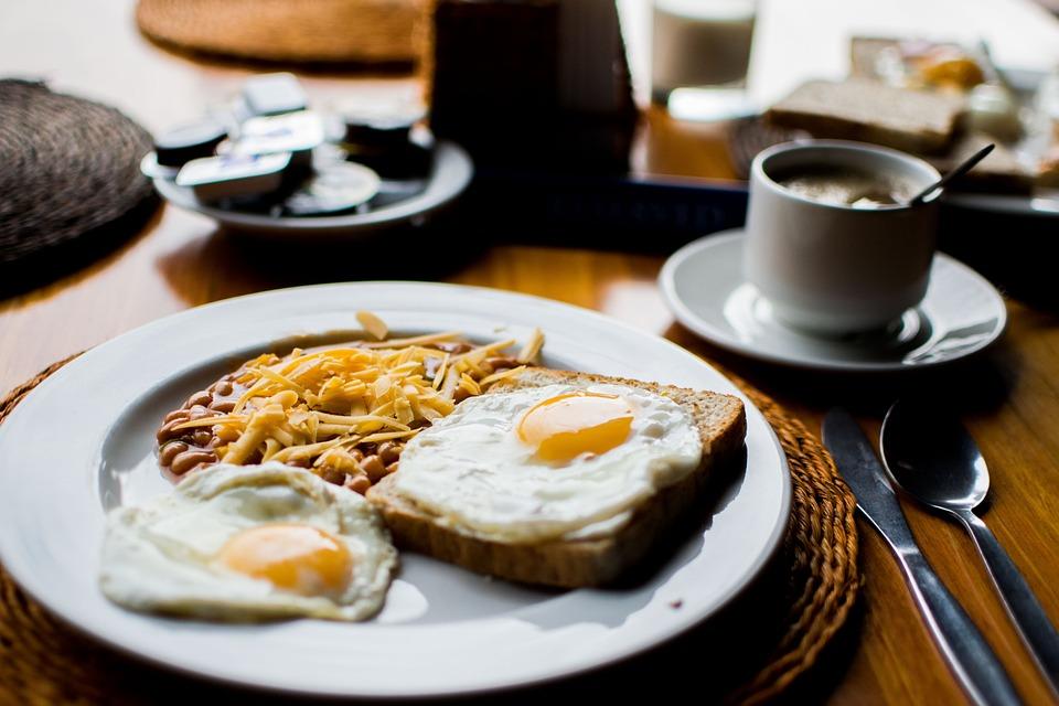豆, 揚げ卵, 朝食, セラミック, 食品, プレート, 皿, レストラン, 食べる