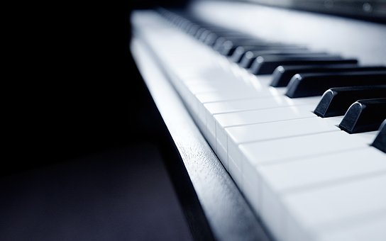 Top 3 Play Piano Tips for Beginners