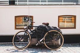 free photo bicycle wooden vintage wood free image on pixabay 821897. Black Bedroom Furniture Sets. Home Design Ideas