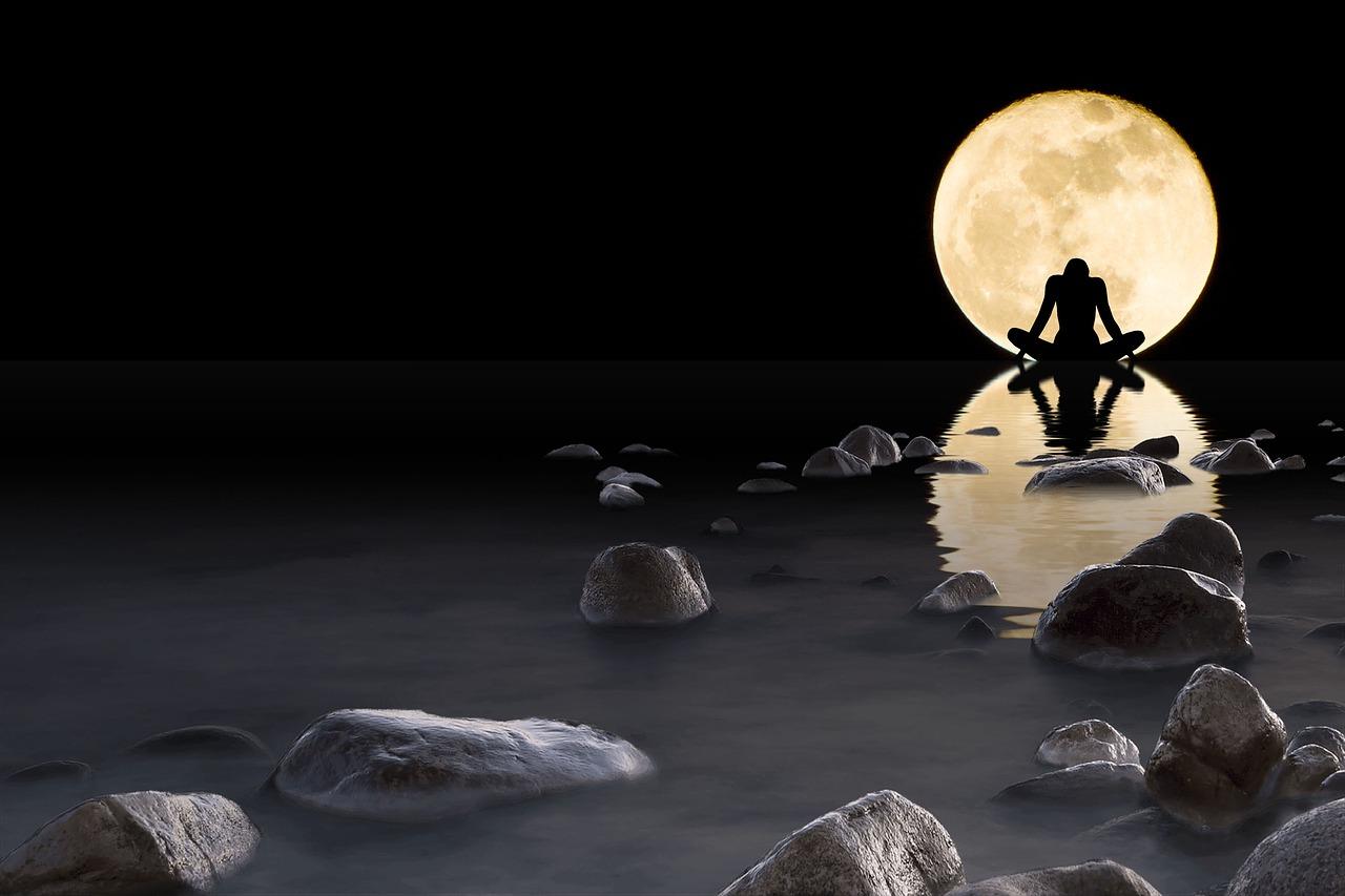 Камень луны в картинках
