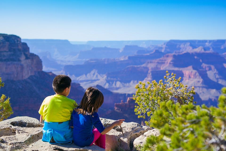 Reise med barn? Opplevelser både fjernt og nært kan være spennende!