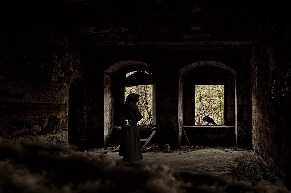 Ruina, Zamek, Duch, Weird, Creepy, Ducha, Mnich, Murze