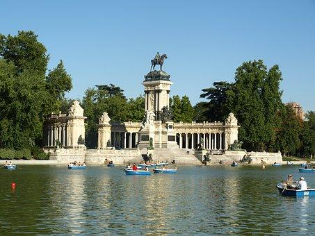 Retiro Madrid Espaa Lago Gente