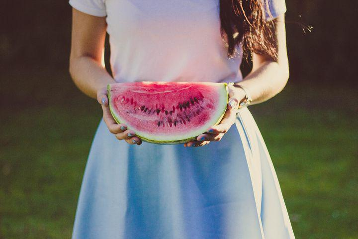 Advantages and disadvantages of eating watermelon in pregnancy