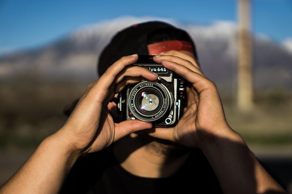 51+ Gambar Cowok Keren Pake Canon HD