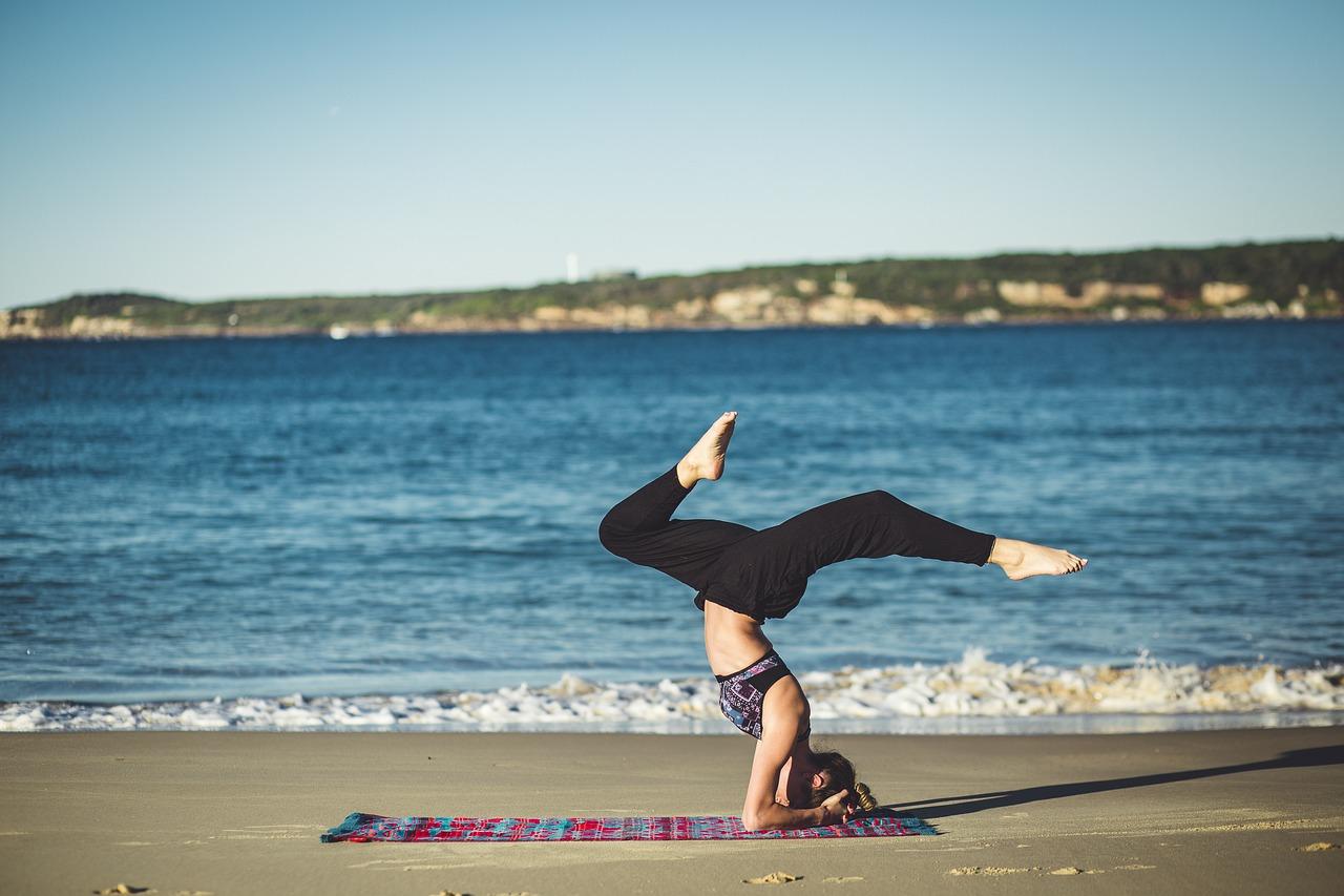 yoga-1842292_1280.jpg