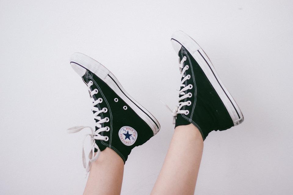 足, 履物, 脚, 靴, スニーカー