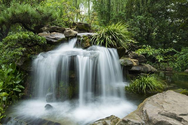 free-chinese-girl_Chinese Garden Waterfall · Free photo on Pixabay