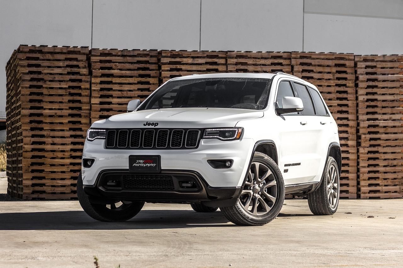 White Grand Cherokee