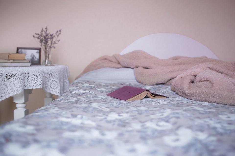 ベッド, ベッドルーム, 毛布, 書籍, カバー, 居心地の良い, クッション, 家具, ホテル, 屋内で