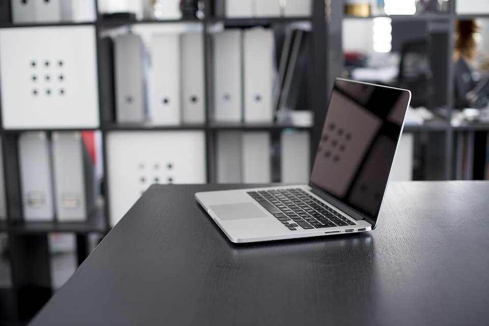 free photo: apple, computer, desk, laptop - free image on pixabay
