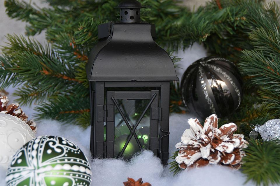 kostenloses foto laterne weihnachtskugeln kugeln. Black Bedroom Furniture Sets. Home Design Ideas