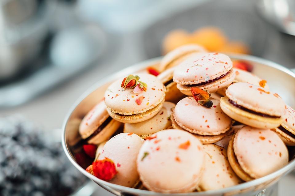 マカロン, フランス, ペストリー, デザート, 扱う, お菓子, フレンチマカロン, 焼かれた商品, ボウル