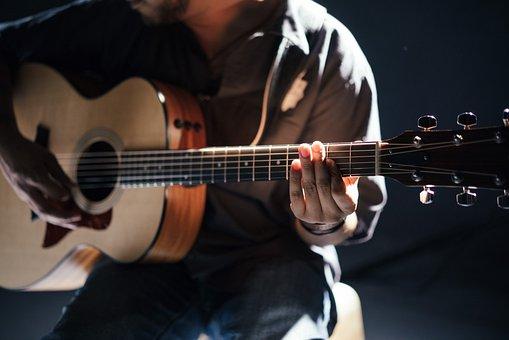 astuces pour jouer la guitare
