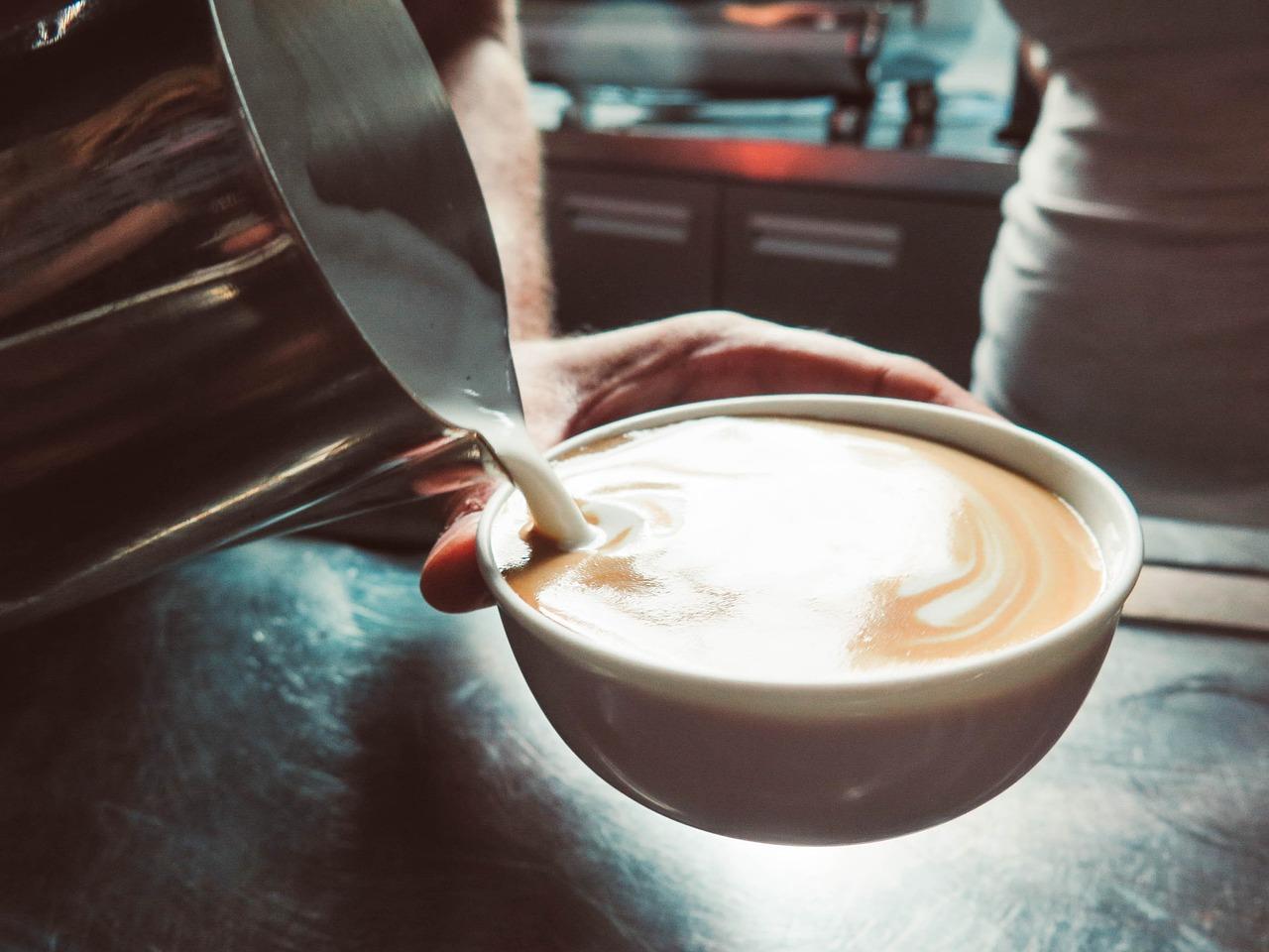 картинки пить кофе с молоком зал, большей степени