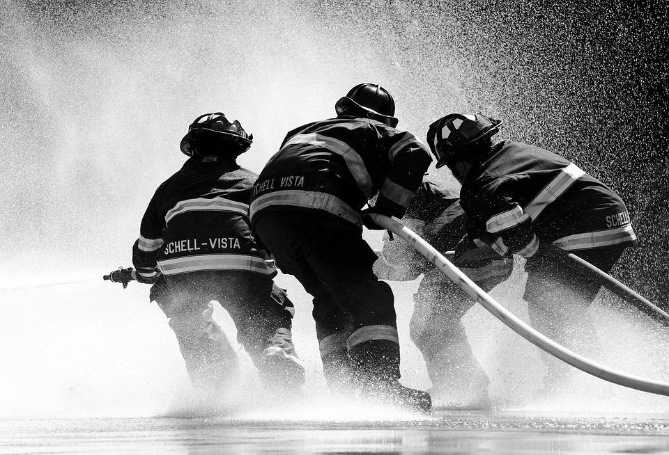 消防士, ソノマ, 水, 火, 噴射, スプラッシュ, ホース, プレッシャー, 灰色の火災