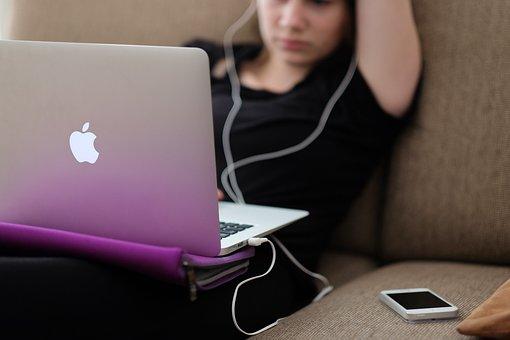 アップル, コンピュータ, 女の子, Iphone, ラップトップ