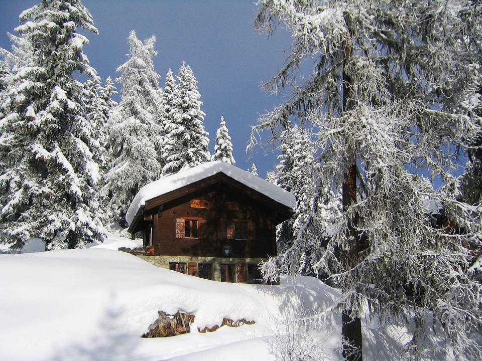 Free photo snow chalet mountain switzerland free for Chalet a la montagne avec piscine