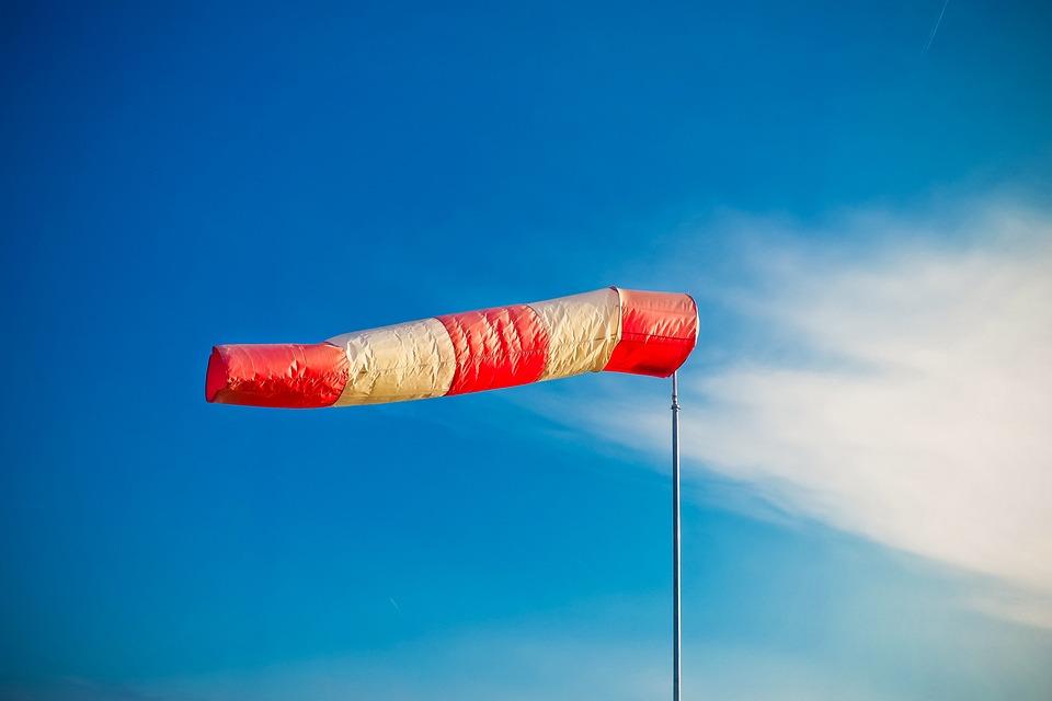 サイドエア バッグ, 風の靴下, 天気, 空, ストライプ, 風向, 赤, 風が強い, フラッター, 風の速度