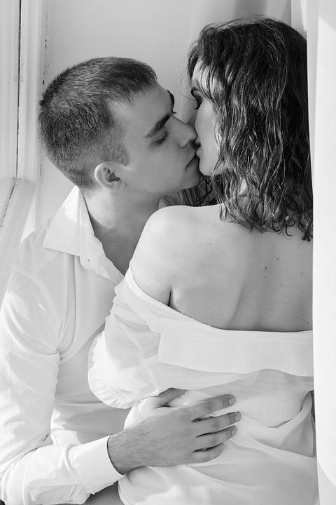 Kus, Liefde, Tederheid, Paar, Sweethearts, Man En Vrouw