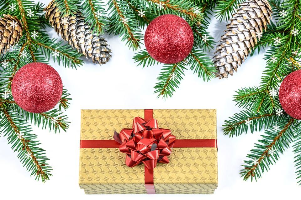 Stupendous Free Illustration Christmas Gift Holidays Christmas Free Easy Diy Christmas Decorations Tissureus