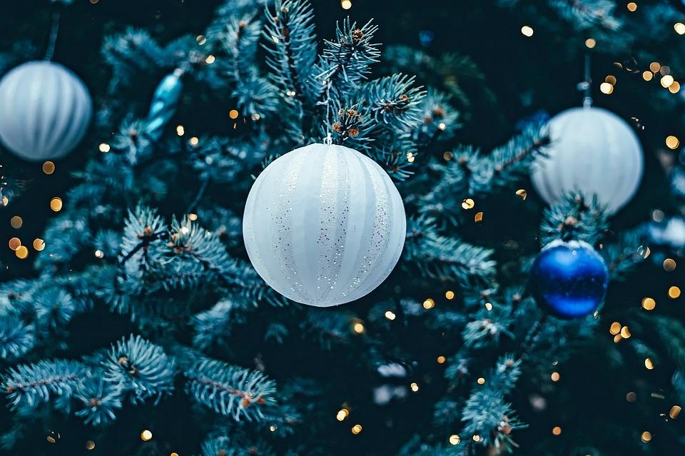 Decorazioni Albero Di Natale Blu : Albero di natale luci decorazioni foto gratis su pixabay
