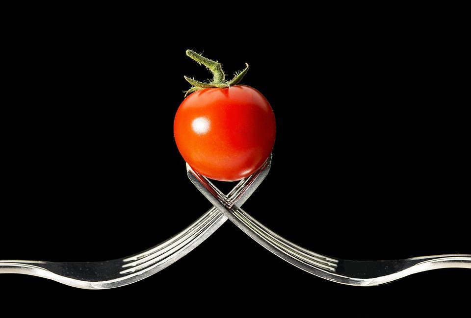 Tomato, Forks, Macro