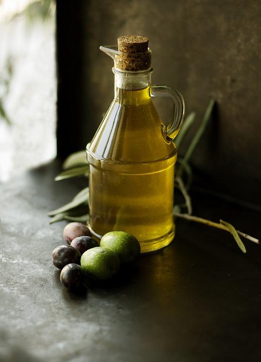 Lưu ý khi dùng dầu oliu: